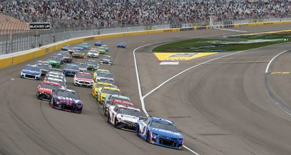 Las Vegas 101: Odds, Goodyear tire info, rules and more for Round of 12 opener