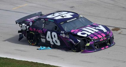 Stage 1 crash snares multiple cars at Texas; Kyle Busch drives on; Bowman out